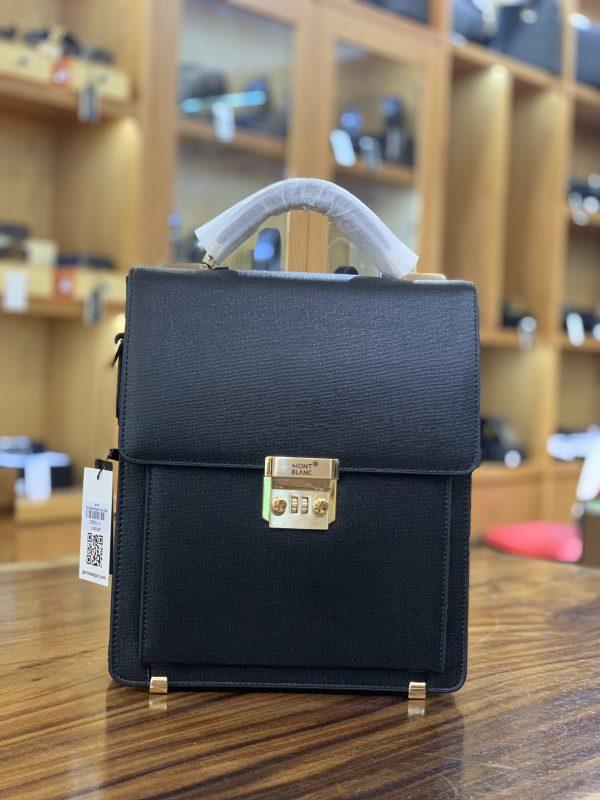 Để tham gia vào các cuộc gặp mặt quan trọng, bạn có thể dùng bóp ví cặp táp mini